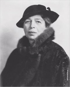 01302012_eleanor-roosevelt-national-archives_600